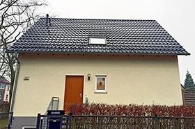Nachrüstung eines Schneefangs am Einfamilienhaus ABD Bedachungen Ihr Dachspezialist in Berlin und Brandenburg